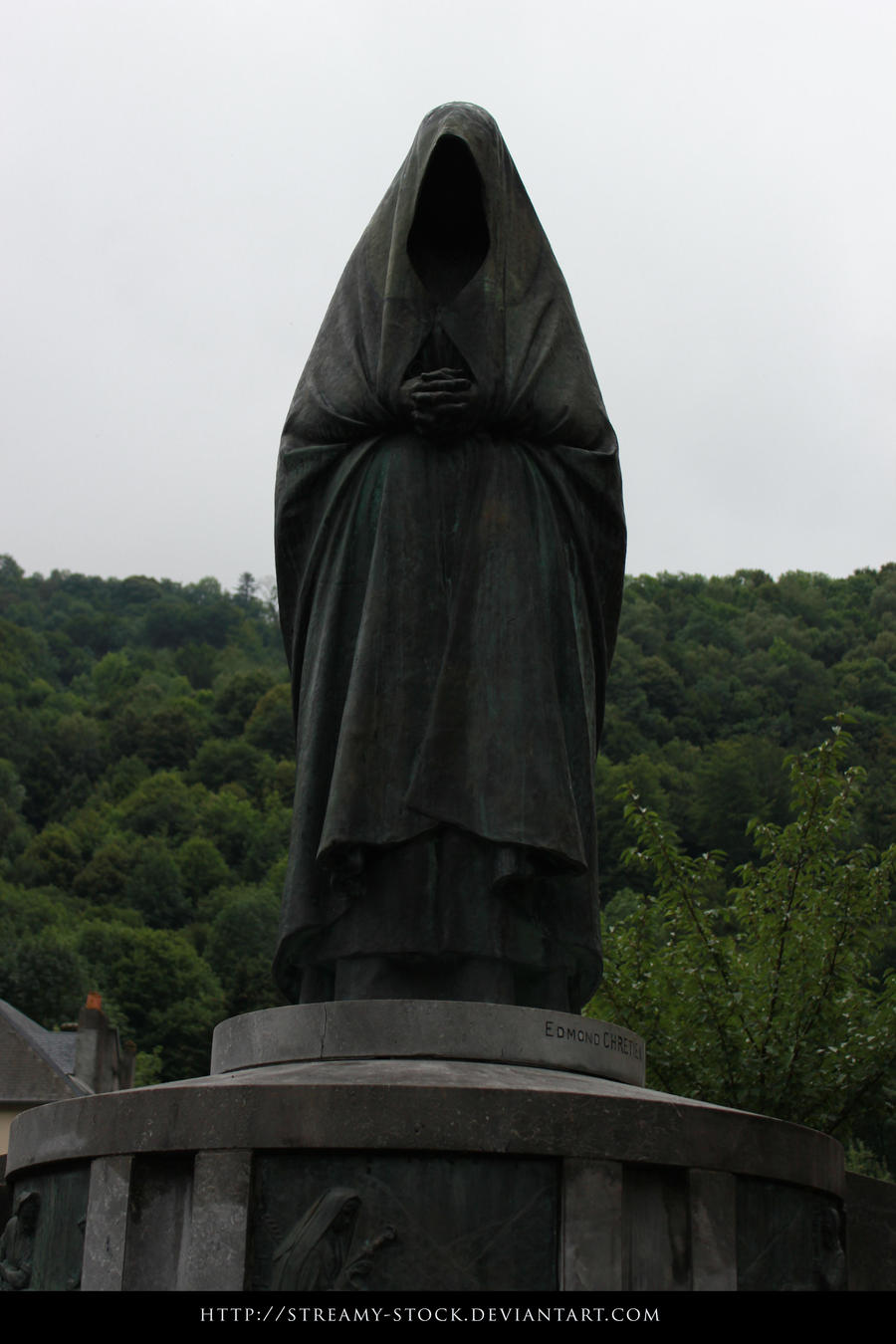 Statue - streamy stock