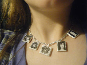 Queen Necklace: On by Mercury-the-Queen