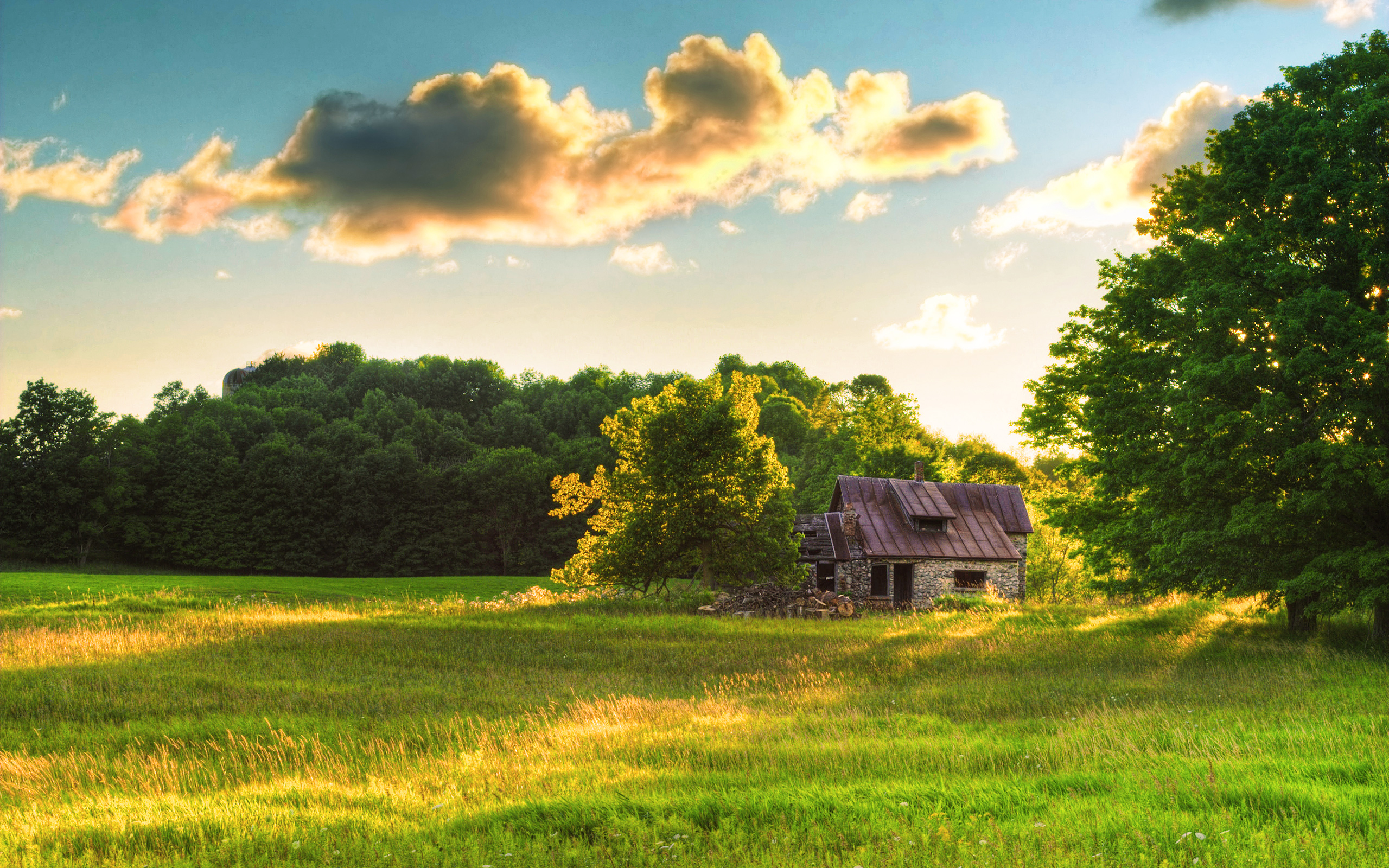 Old Stone Barn at Dusk by tch