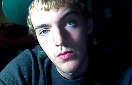 chalkcharcoal's Profile Picture