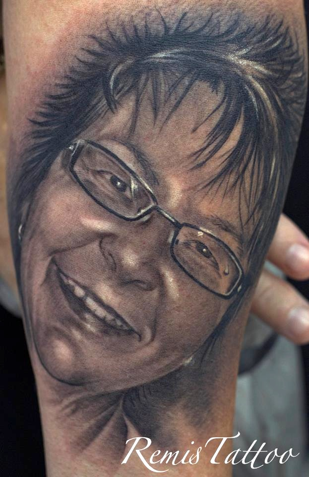 Black and grey portrait tattoo 4 by remistattoo on deviantart for Black and grey tattoo artists