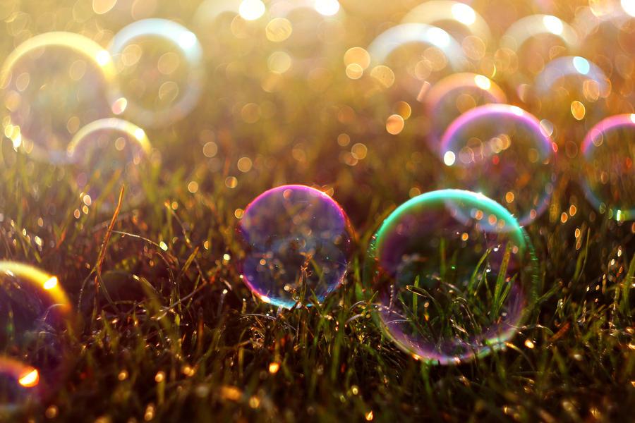 картинки мыльные пузыри на черном фоне