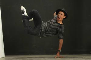 Dancing Loud by paulussebastian