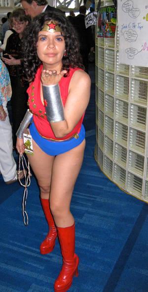 70's Wonder Girl 3