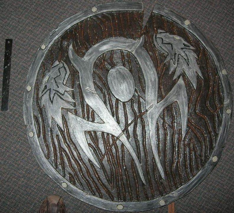Orc shield - bouclier d'orc by elanqc