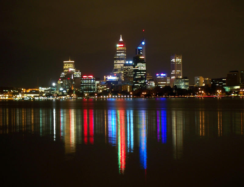Perth at Night 2 by Furiousxr