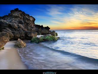 Trigg Beach Wave by Furiousxr