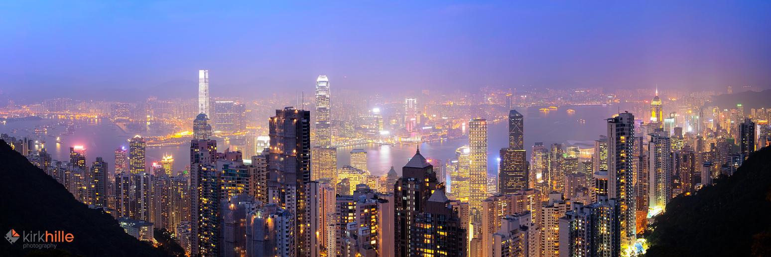 Hong Kong Lights by Furiousxr