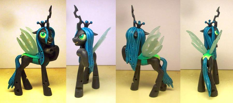 Queen Chrysalis Custom by Klaufi