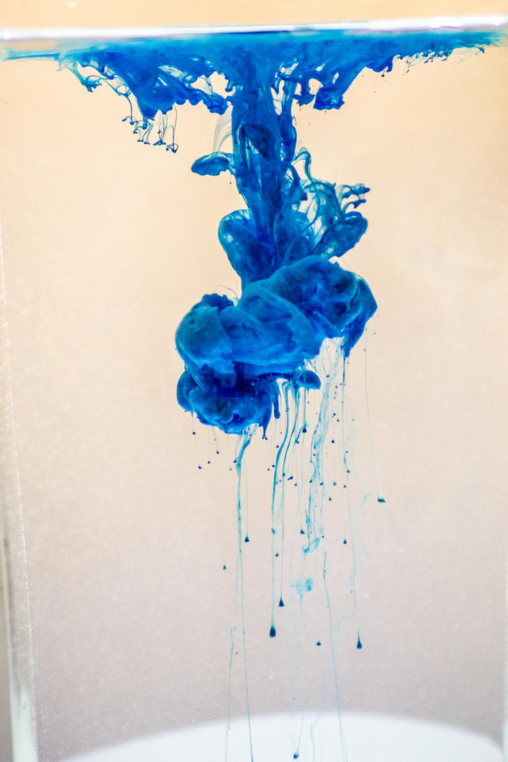 Ink drop in water 2 by gio-luckyboy
