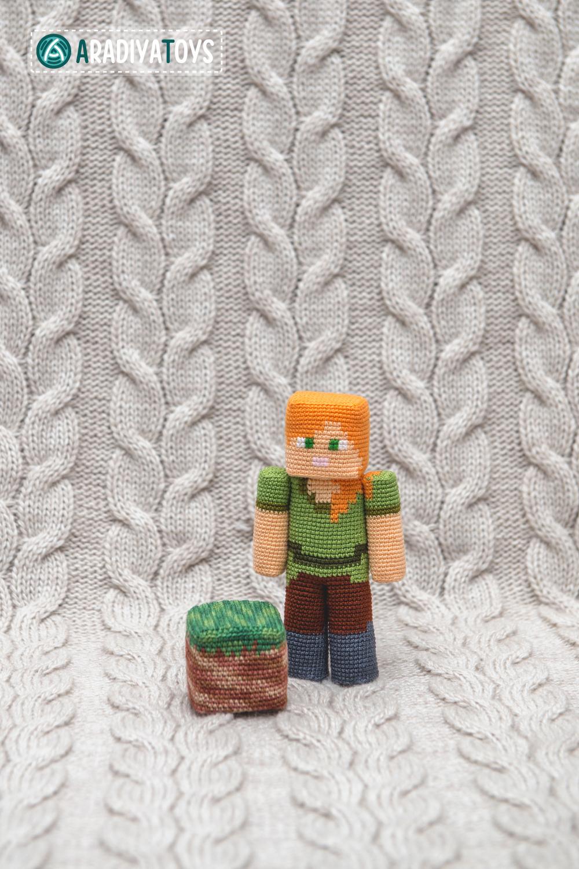 Alex from Minecraft, amigurumi toy by AradiyaToys on DeviantArt