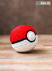 Pokeball from 'Pokemon', free pattern