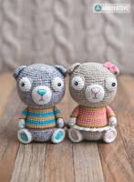 Scottish Fold Cats Luigi and Fiona by AradiyaToys by AradiyaToys
