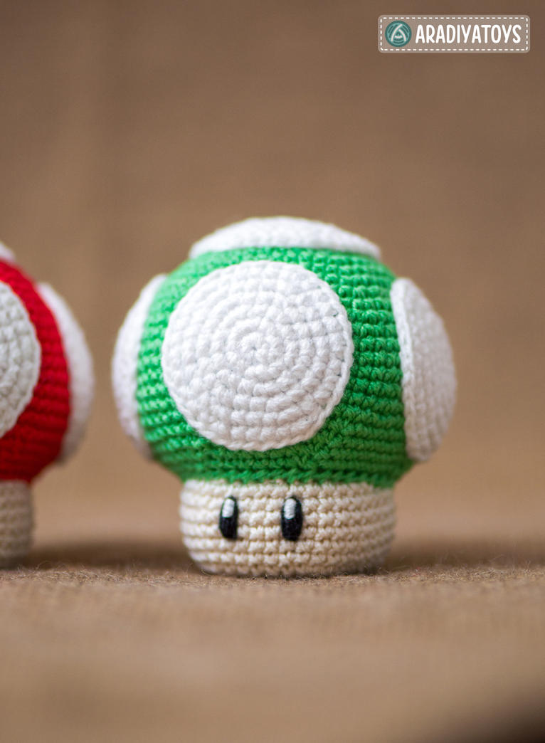 1Up and Super Mushrooms by AradiyaToys by AradiyaToys