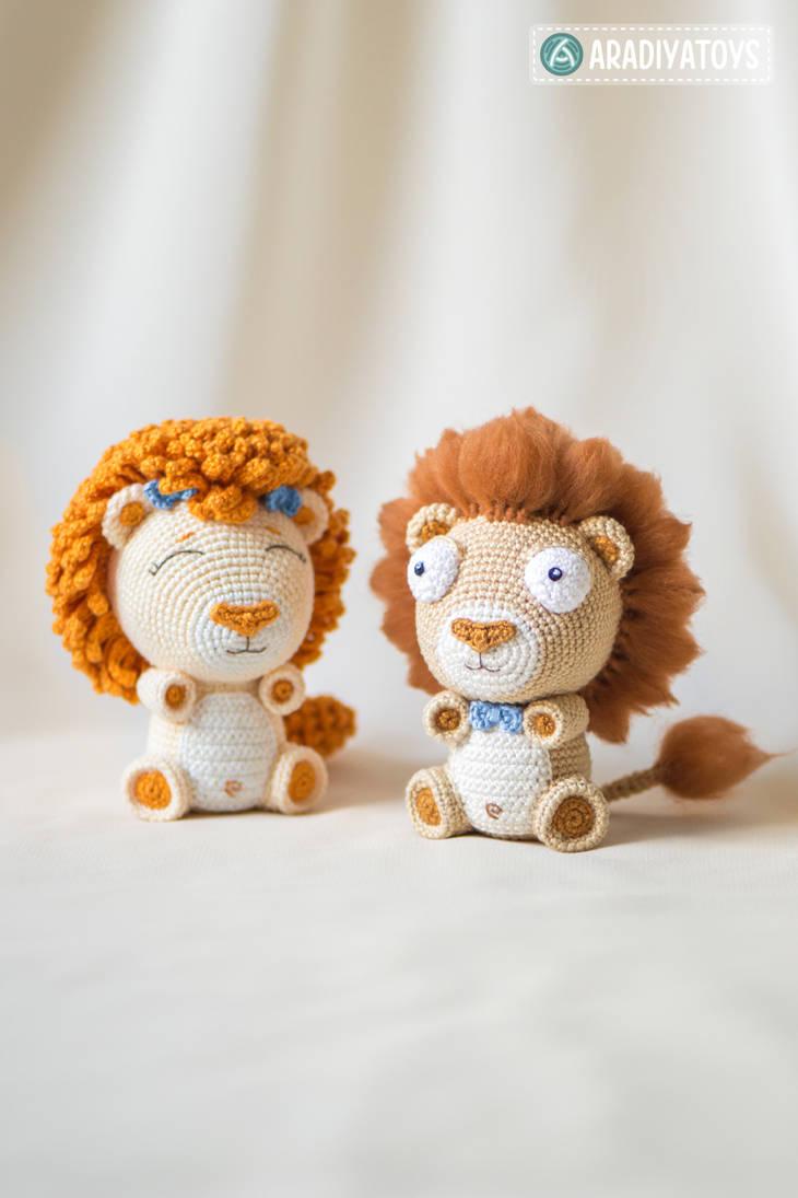 Lion Cubs Bobby and Lily by AradiyaToys by AradiyaToys