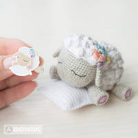 Lamb Shelby enamel pin and toy (crochet pattern) by AradiyaToys