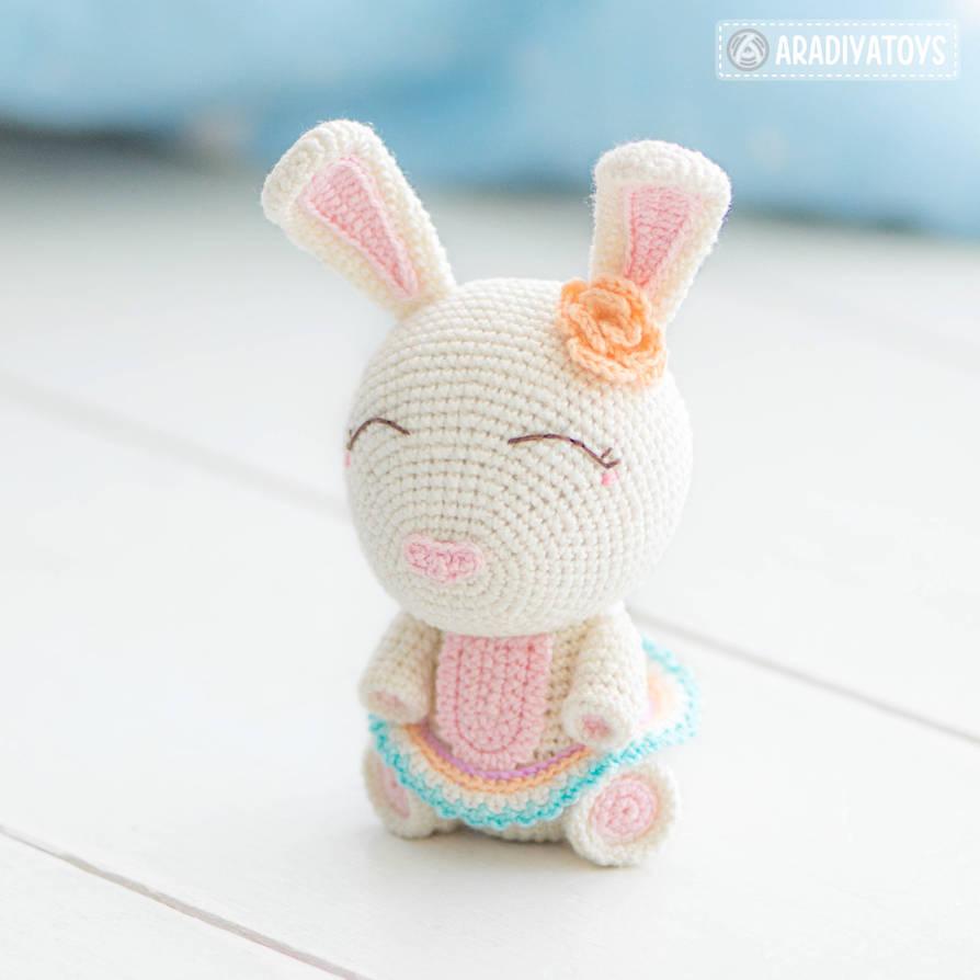 Easter Bunny Emma by AradiyaToys by AradiyaToys