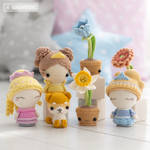 Princesses with their Flowers and Dog! by AradiyaToys