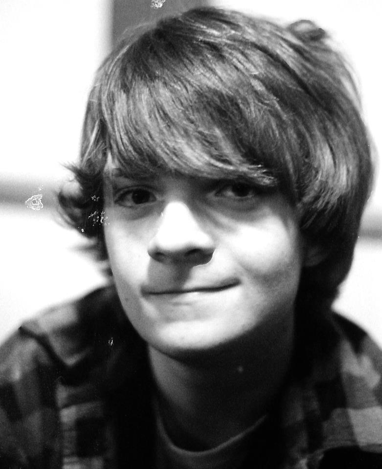 FlickeringCrimson's Profile Picture