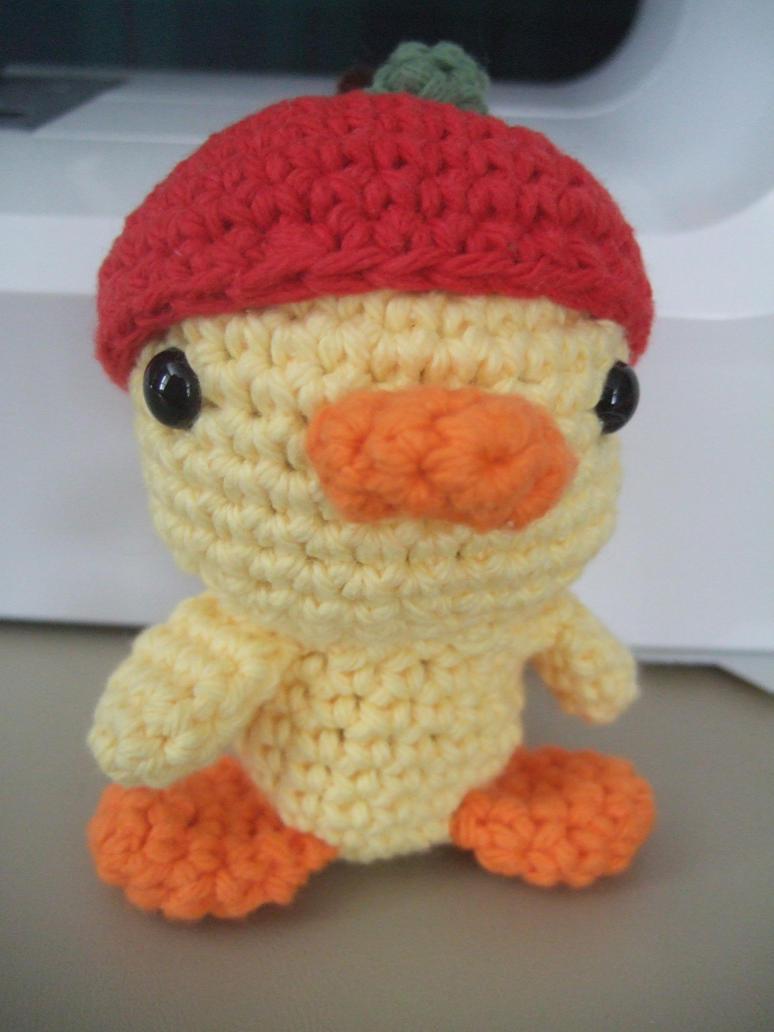 Amigurumi Apple Hat Duck by HikaruChan811 on DeviantArt