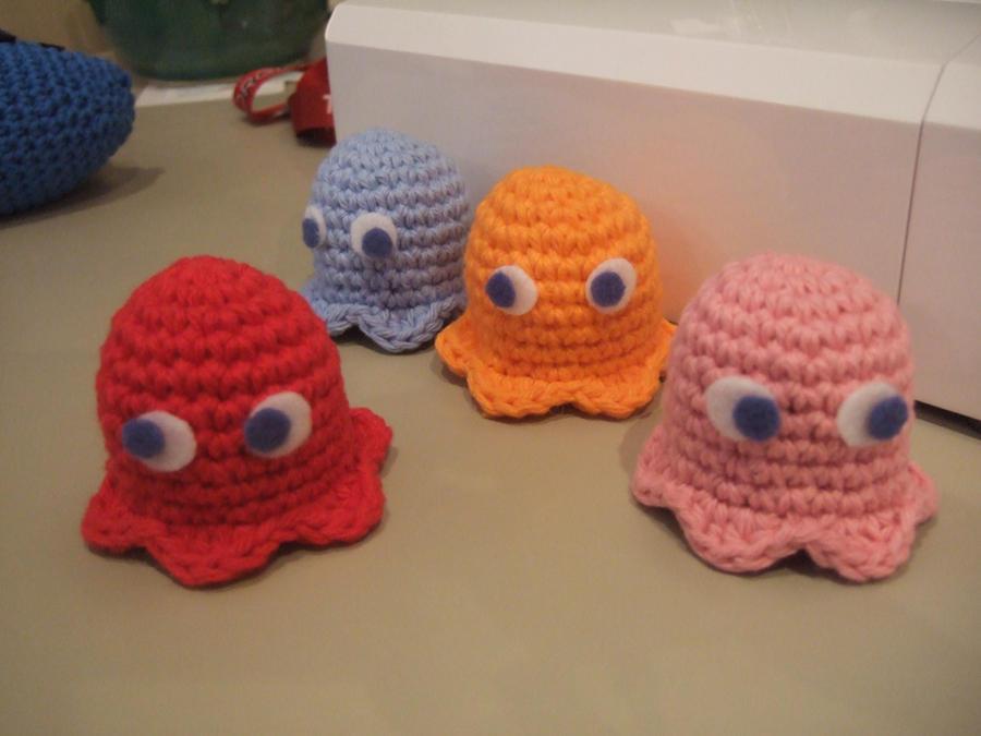 Crochet Amigurumi Ghost : Amigurumi Pac Man Ghosts by HikaruChan811 on DeviantArt