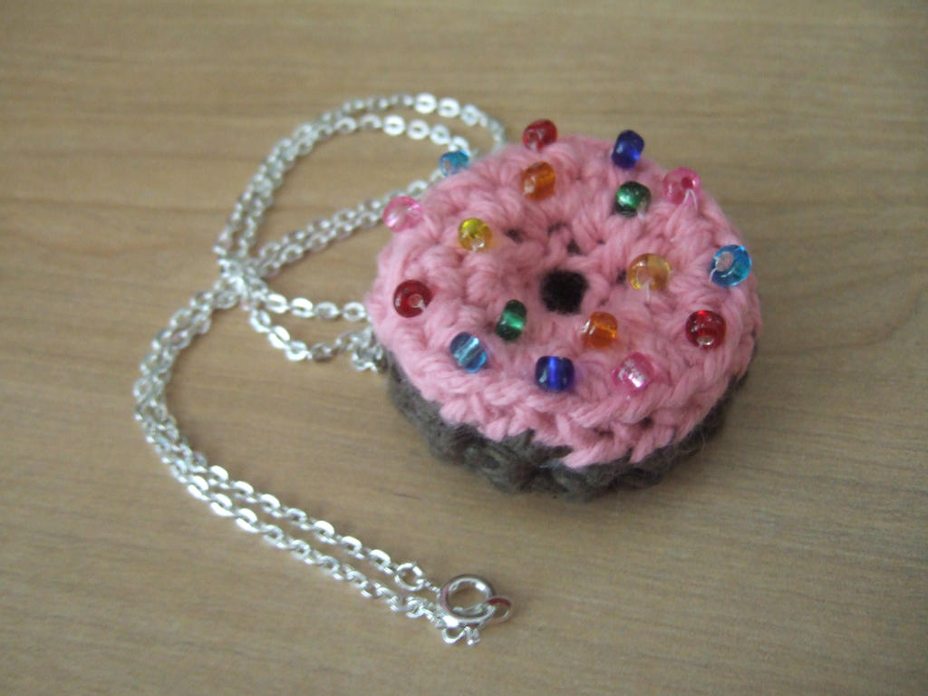 Amigurumi Donut : Amigurumi Donut Necklace by HikaruChan811 on deviantART