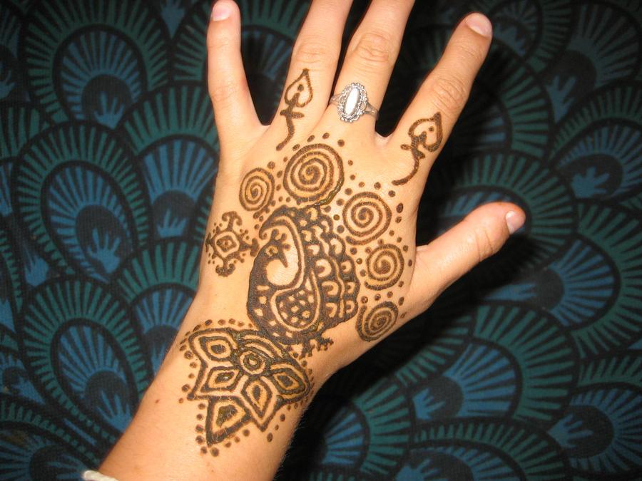 Mehndi Peacock Tattoos : Henna tattoo of peacock deisgn by scarletpeacock on deviantart