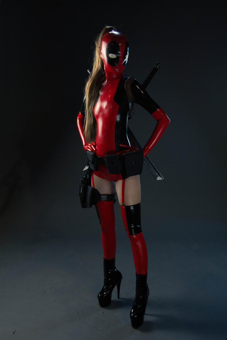 Lady Deadpool @Anime North 2013 03 by theARTofCARNAGE