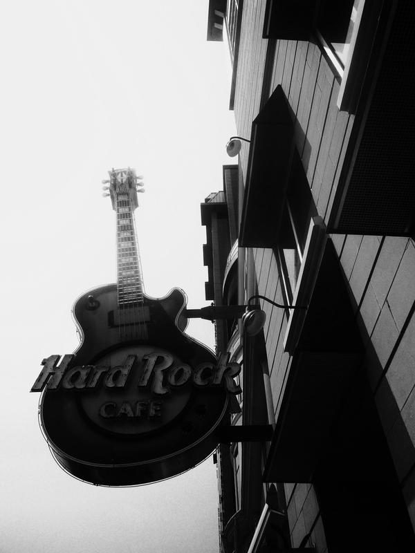 Hard Rock Cafe Canada Shop