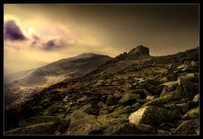 On top of Tryfan by MattAnth