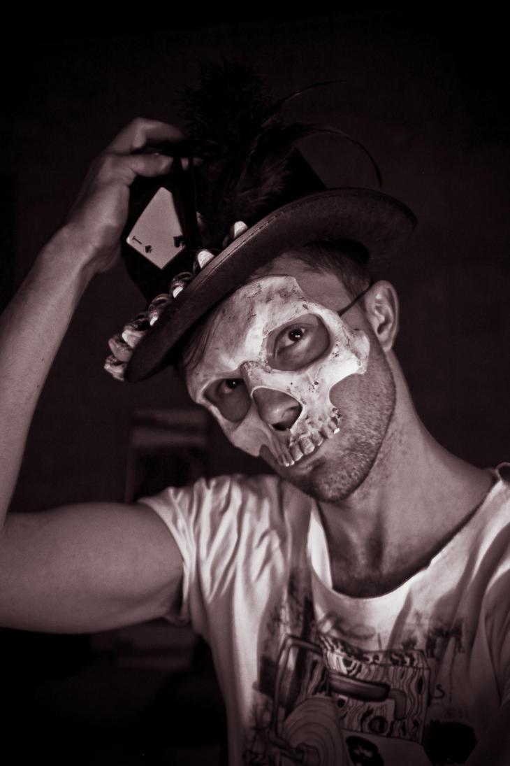 baron samedi mask by Vanuchka