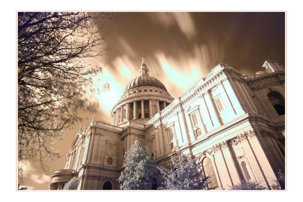 St Paul's In Infrared by paddimir