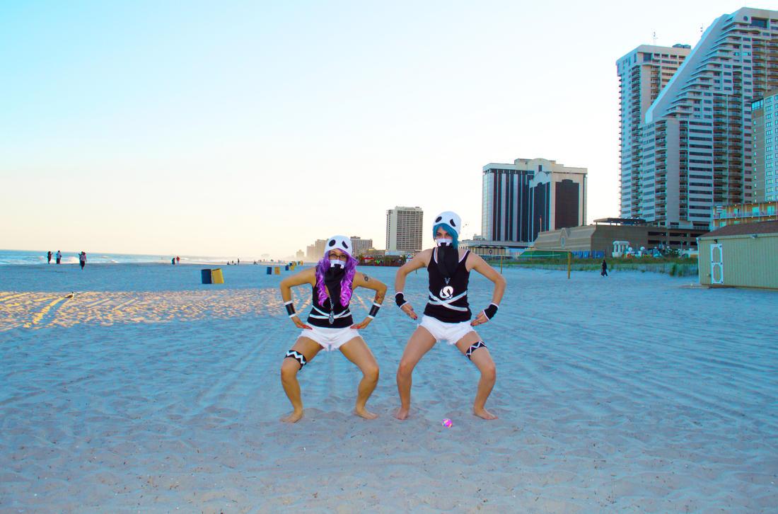 Beach Pose by ZippyJ