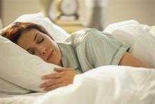 Uyurken neden gözlerimizi kapatırız?