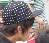 Şapka takmak saç dökülmesine neden olur mu?