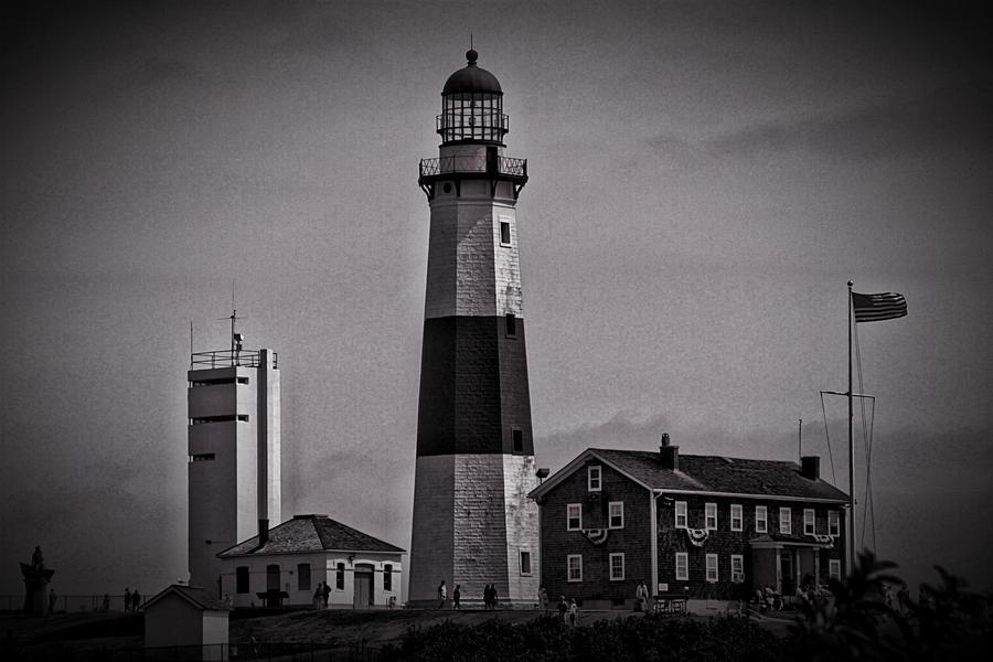 Montauk, Long Island...Lighthouse, Black-White by barrelx ...