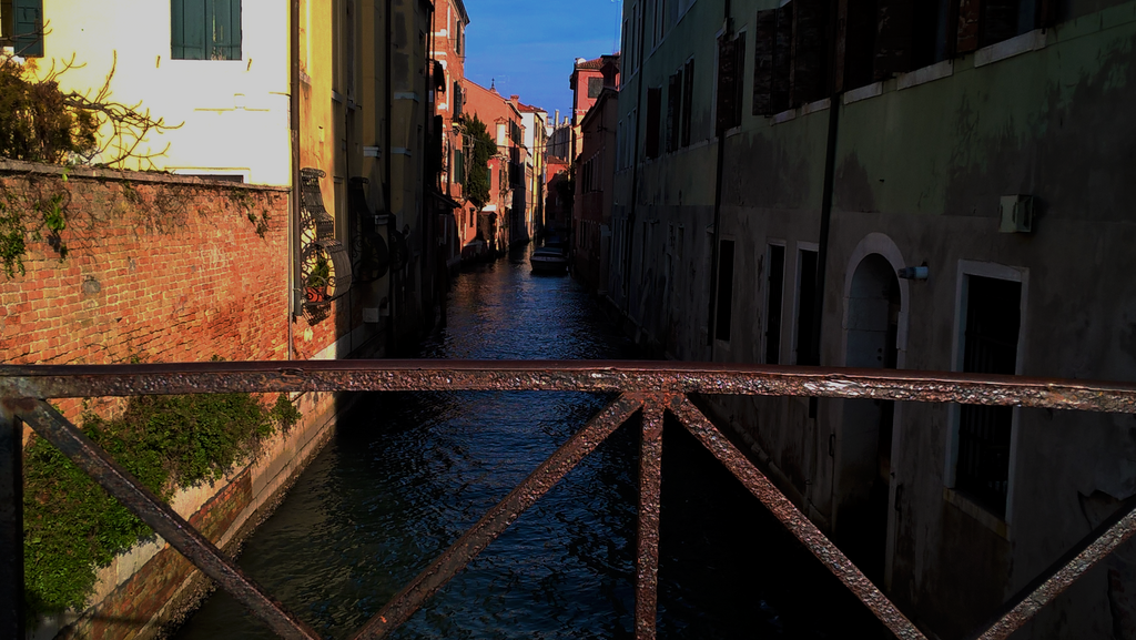 Venice Canal 3 by Schreibsessel