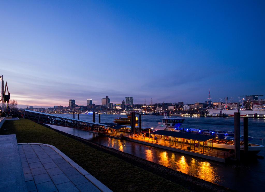Hamburg Elbe by Freacore