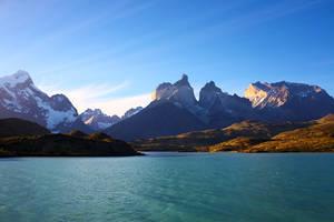 Cuernos del Paine by RitterRunkel