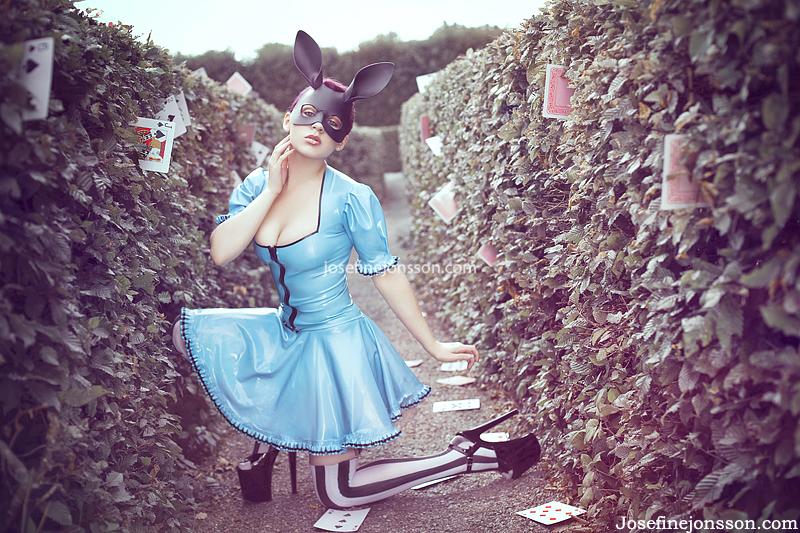 _Wonderland. by Bloddroppe