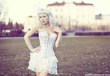 _Miss loulou II. by josefinejonssonphoto