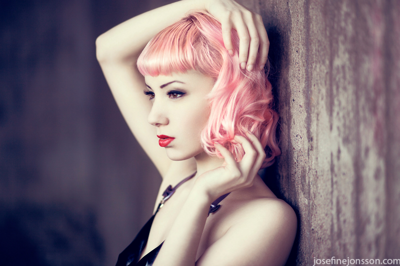 _hot pink II. by Bloddroppe
