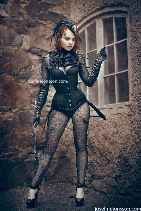 _Raven II. by Bloddroppe