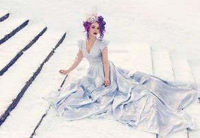 _White Queen. by josefinejonssonphoto