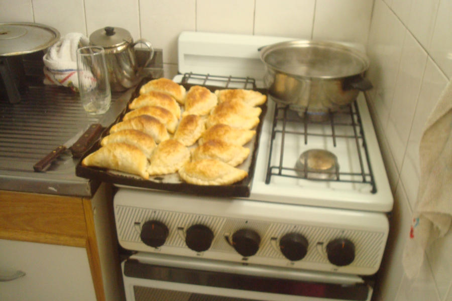 Traditional food in argentina by lucy biggerhtf on deviantart for Artistic argentinean cuisine