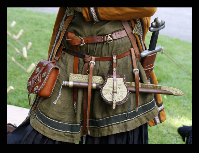 Belt bling by VendelRus
