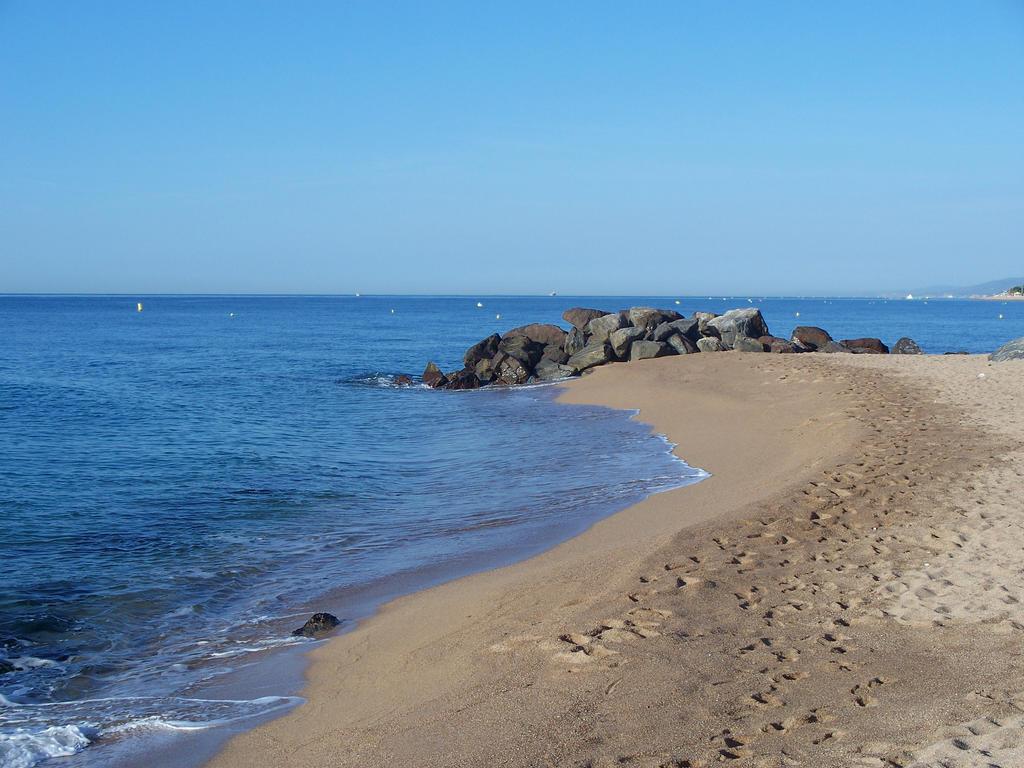 Beach by brotherguy by BrotherGuy
