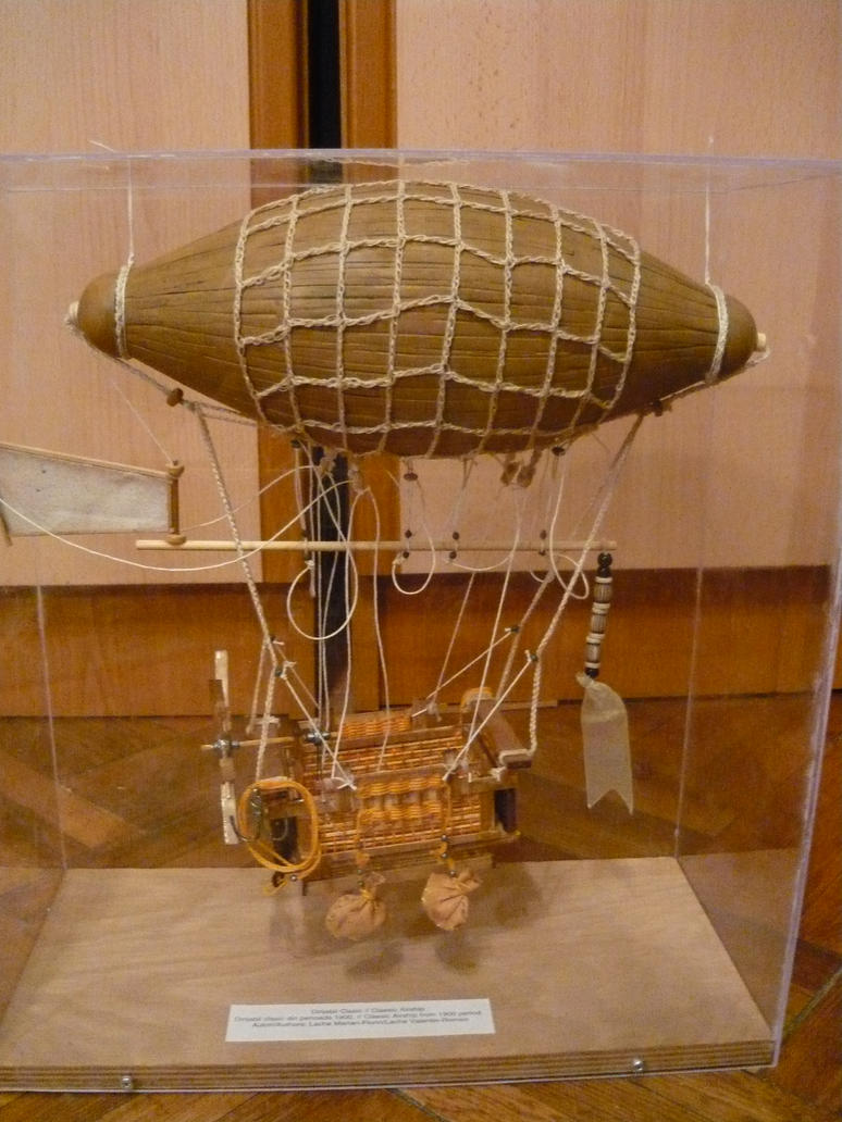 Classic Airship - 1900 by LacheV