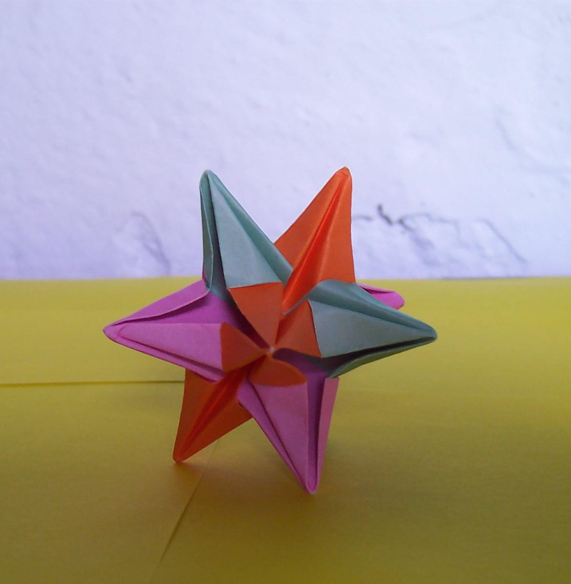 Как сделать объемную звезду из бумаги в технике 38