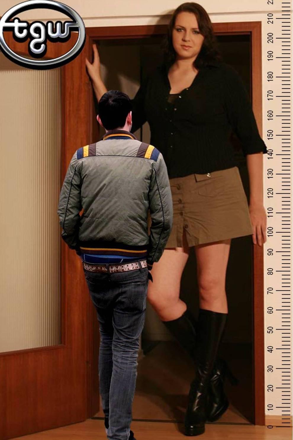 Caroline Welz 206cm+12 6ft9+5in and me by zaratustraelsabio on ...